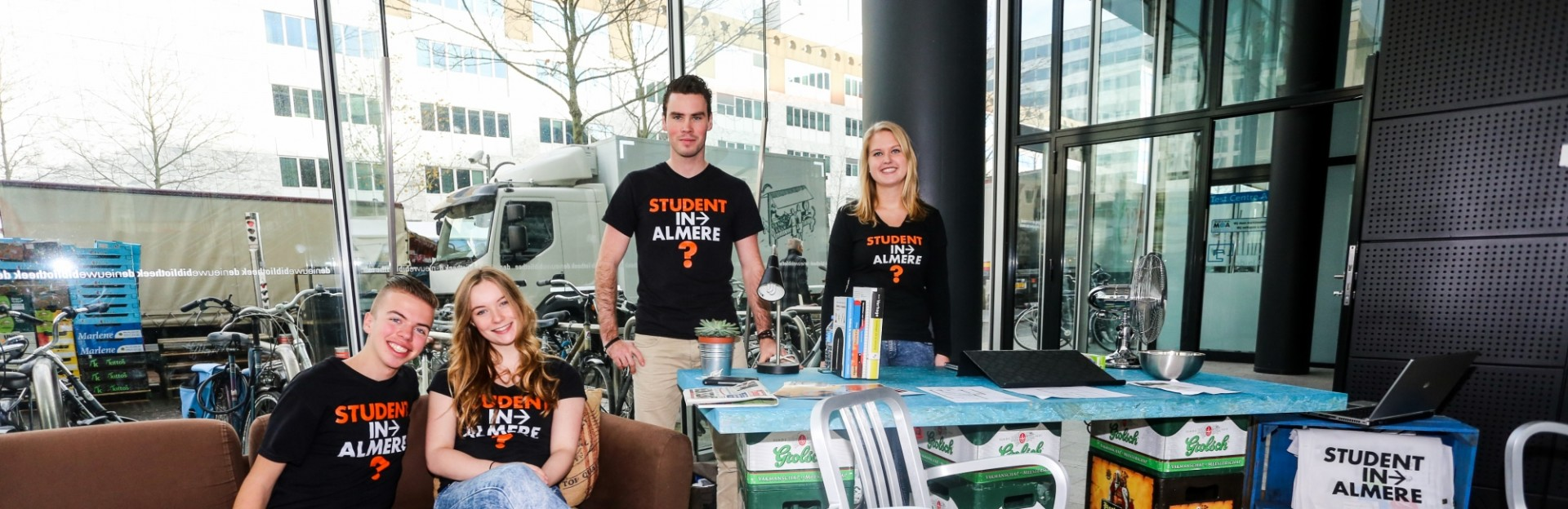 student-in-almere-city-marketing-header