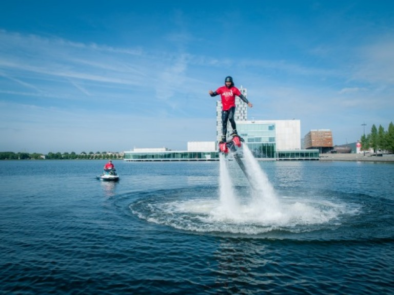 almere-cityguide-flyboard